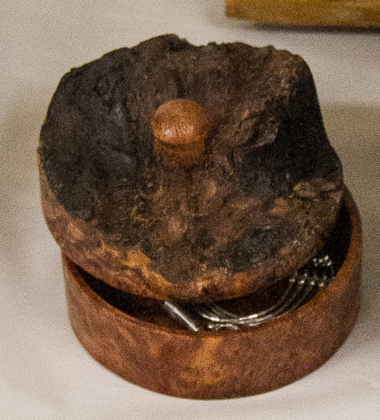Rich Voss - Redwood Burl Lidded Box