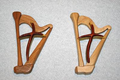 Harp Cross Intarsia