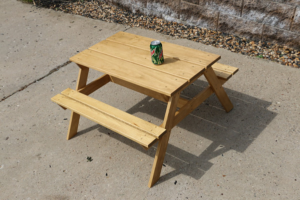 Janey's Picnic Table