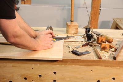 Mark the 45˚ mitre end on the desktop, again using the mitre square