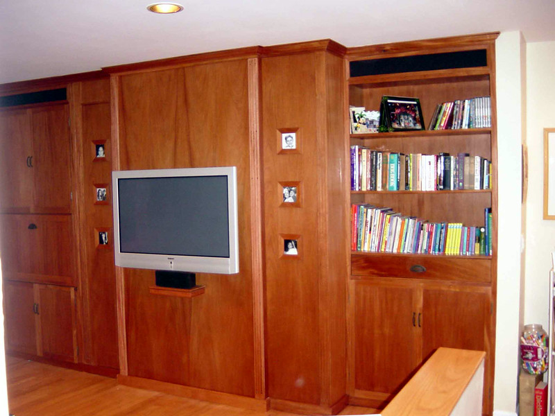 Custom Interior Built-Ins<br /> Solid Mahogany and Cabinet-Grade Mahogany Plywood<br /> Custom designed and installed