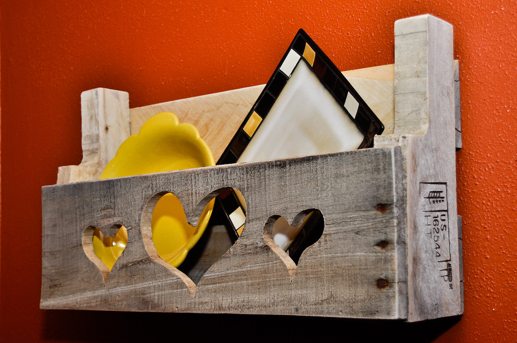 Pallet Shelf, 3 hearts<br /> <br /> Sold to Sharri Besednik