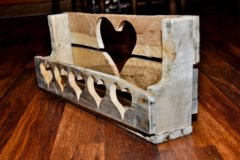 Pallet Shelf, 6 hearts.<br /> <br /> Sold to Sharri Besednik