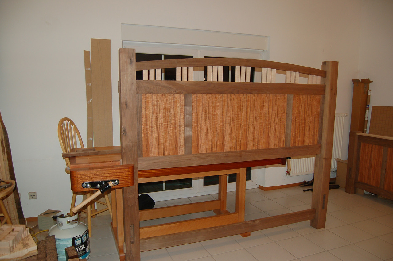 The first headboard dry-fit with the posts.