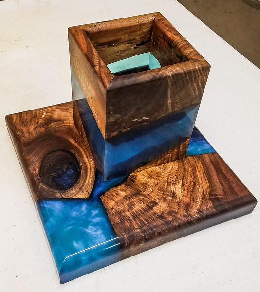 Craig Ruegsegger showed his Vase sculpture made from Wood and Resin. Nov 2019