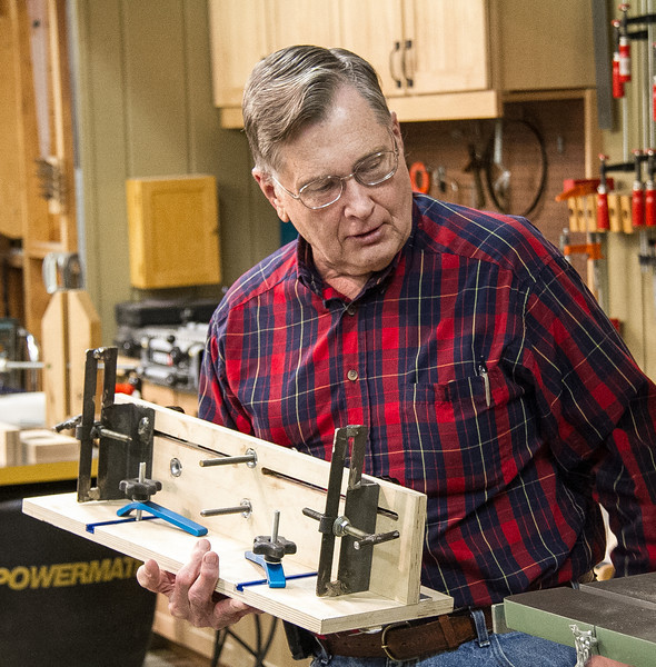 Walt Smith demonstrated his multi-use bandsaw cutting jig. Jan 2014