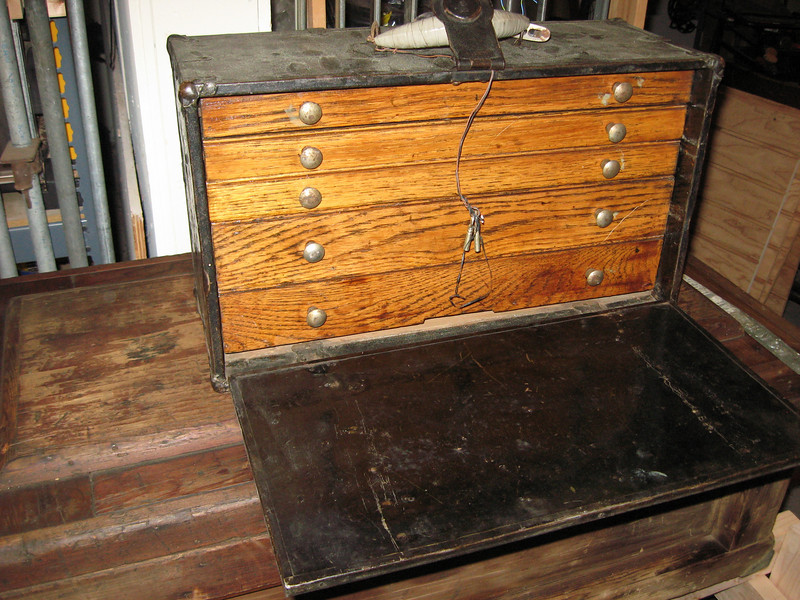 """5 drawer metal clad toolbox<br /> 3 drawers at 1 1/2"""" tall<br /> 2 drawers at 2 3/4"""" tall"""