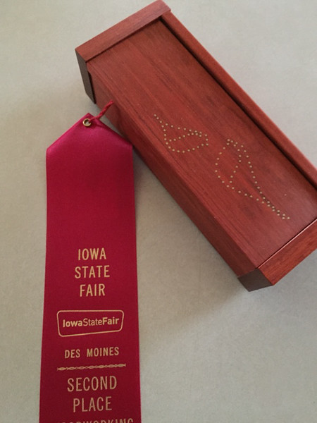 Dave Rabe entered this Box and received a 2nd place ribbon.