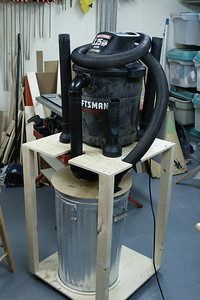 Building a Thien cyclone separator lid. Saving space by stacking the shop vac on top of the cyclone can.
