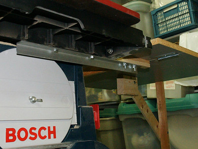 Detail of adding an outfeed table to a Bosch 4007 table saw