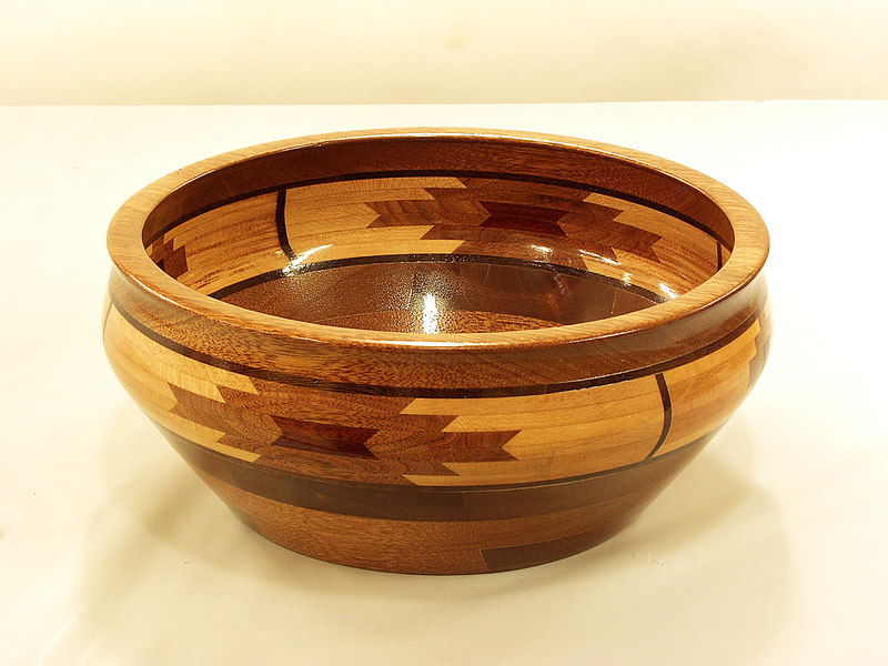 Keith Sawyers turned this segmented bowl