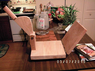Wood Tortilla press, impecable taste