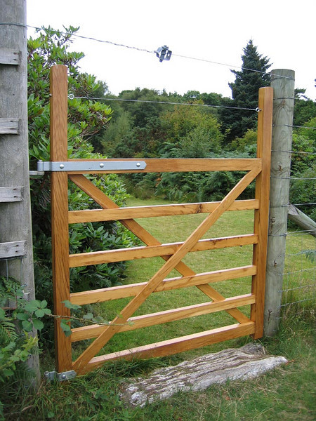 Oak gate.<br /> <br /> Built for a garden in Sannox this was to fit into a dear proof fence.