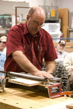 Leroy demostrated the Porter-Cable dovetail jig.