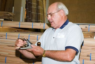 Walt presented several items, here he describes how he rebuilt a more modern plane.Return to Woodworkers Guild