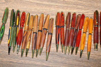 Member Herb Lange demonstrated how to make pens like these on a small lathe.Return to Woodworkers Guild