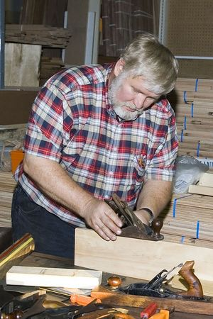 "<font size=""3"">Jim demonstrates a tuned plane.</font><br><br>Return to <a href=""http://www.omahawoodworkers.org"">Woodworkers Guild</a>"