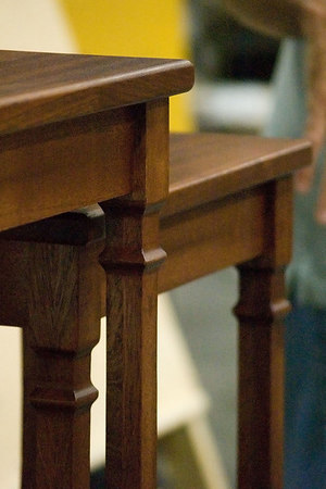 Corner and leg details.Return to Woodworkers Guild