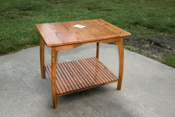 "<font size=""3"">Craftsman Entry - Oak Table by Mike D.</font><br><br>Return to <a href=""http://www.omahawoodworkers.org"">Woodworkers Guild</a>"