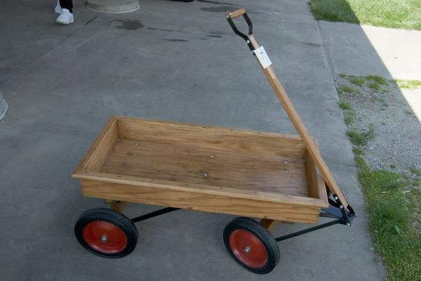 "<font size=""3"">Craftsman Contest - Second Place Winner - Coaster Wagon by Dale W.</font><br><br>Return to <a href=""http://www.omahawoodworkers.org"">Woodworkers Guild</a>"