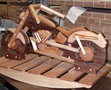 A closer view of the motorcycle.Return to Woodworkers Guild