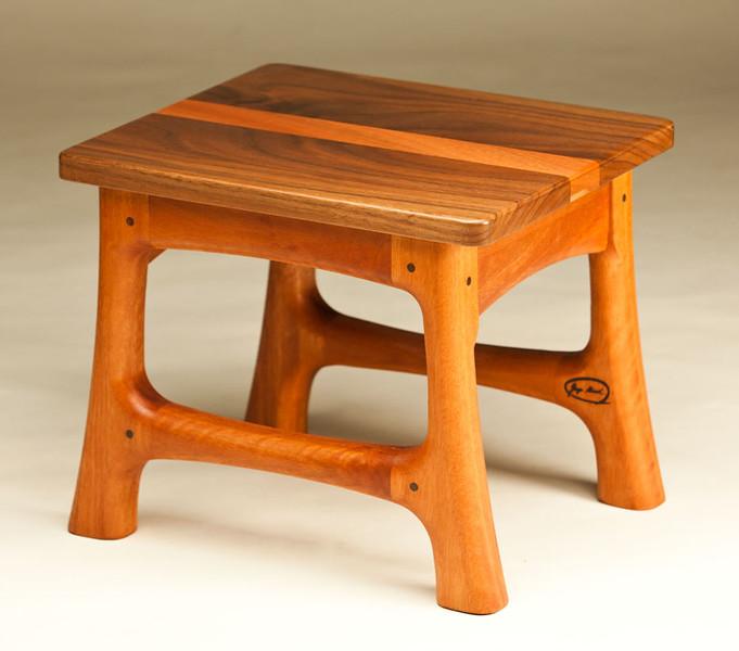 Lyptus Footstool