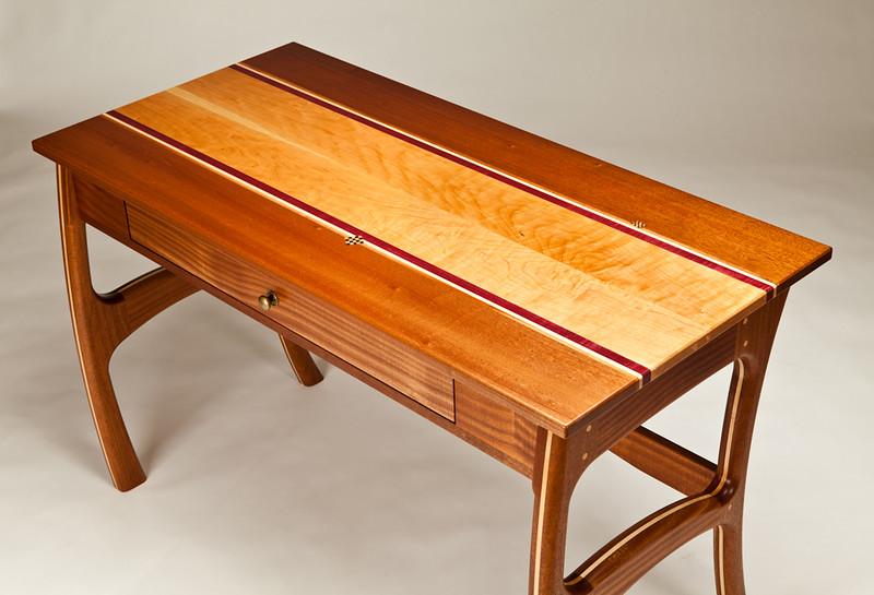 Joanne Desk 2