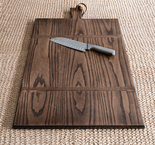 Large Ash Face Grain Serving Board (Knife not included)