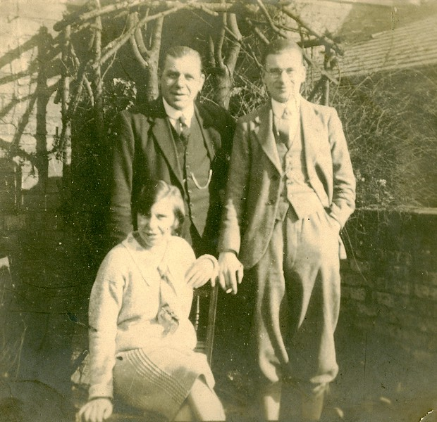 Muriel, father George and brother Thomas Henry Woolsey in 1929