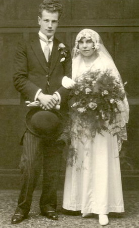 Ralph Copson marrying Muriel Woolsey in 1930