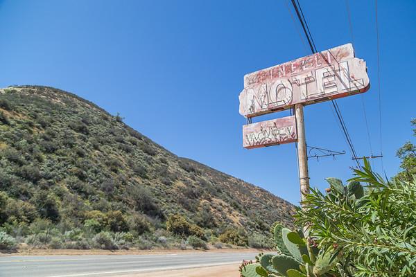 Sierra Pelona Motel