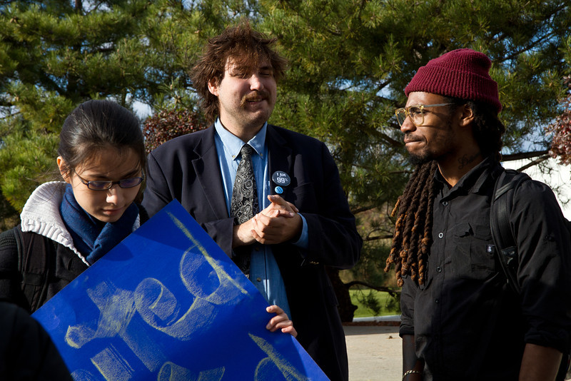 Student activists outside JFK Library at Occupy UMass Boston March and Rally. November 11, 2011. Creative Commons BY-NC-SA 2011 Jason Pramas.