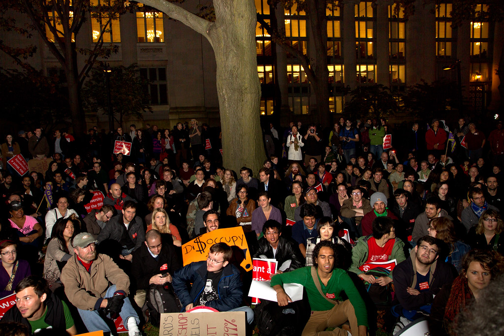 Occupy Harvard founding general assembly in the Harvard Law School quad, Nov. 9, 2011. Creative Commons BY-NC-SA 2011.