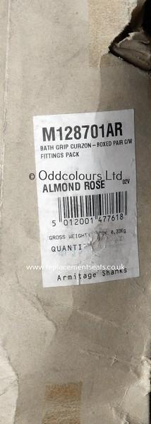 Curzon-Bath-Grip-Almond-Rose-1