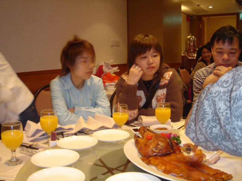 DSC02816 <br /> Tracy, Ron and 朋朋