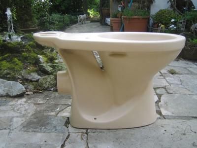 anemone-V&B-Toilet