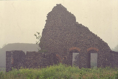 RuinHouse House
