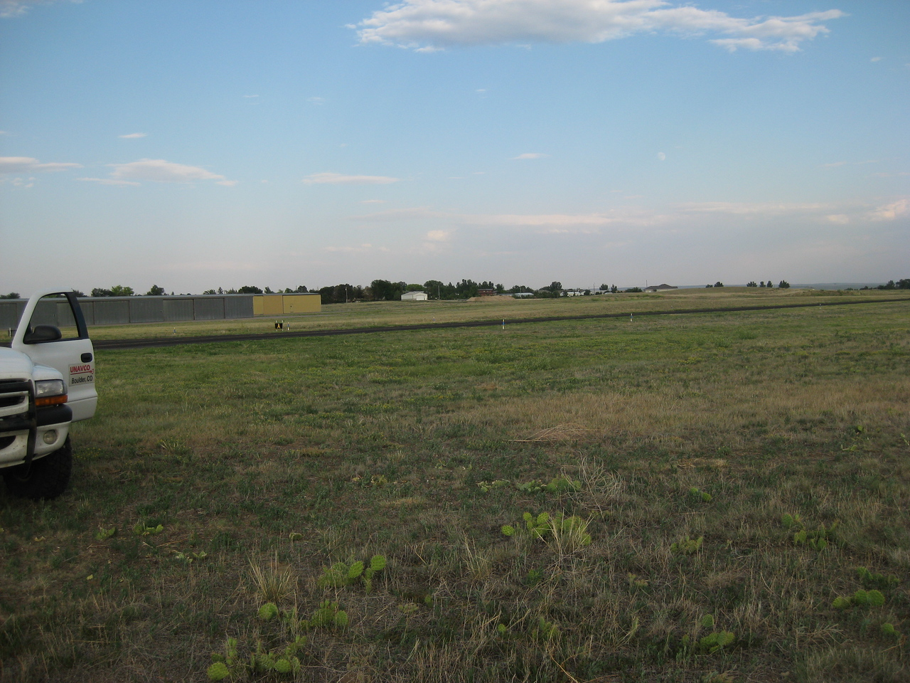 GPS Field Campaign, Rio Grande Rift Project, Eastern Colorado, July 2008<br /> <br /> Sterling Airport 40.6216, -103.267<br /> <br /> Looking Southeast