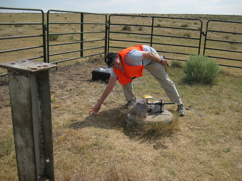 GPS Field Campaign, Rio Grande Rift Project, Eastern Colorado, July 2008<br /> <br /> Boundary Mon Co KS NE, 40.0032, -102.052