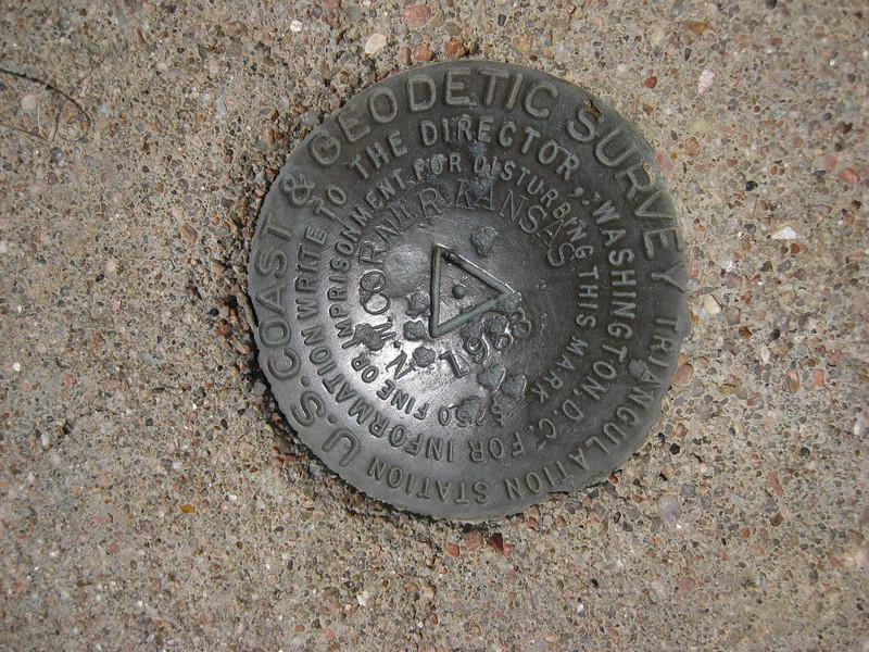 GPS Field Campaign, Rio Grande Rift Project, Eastern Colorado, July 2008<br /> <br /> original 18__ monument of the tri-corner