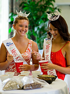 Miss Kona Coffee / Miss Aloha Hawaii Cupping
