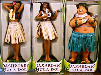 Dashboard Hula Dolls