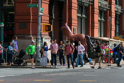 {under}street life - Random horse