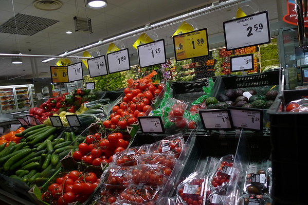 Grocers-Other Countries