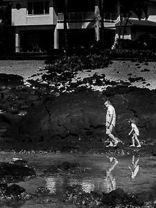 Jed's Final Project - bnw - family in hawaii