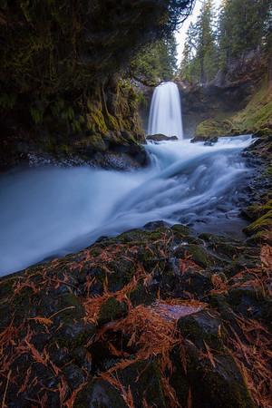 Sahalie Falls Vertical