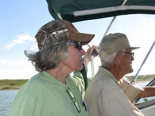 Diane Nunley (L) and Warden Chester Smith (R) on the way out to Sundown Island. <br><em>Photo credit:  Lynn Travis</em>