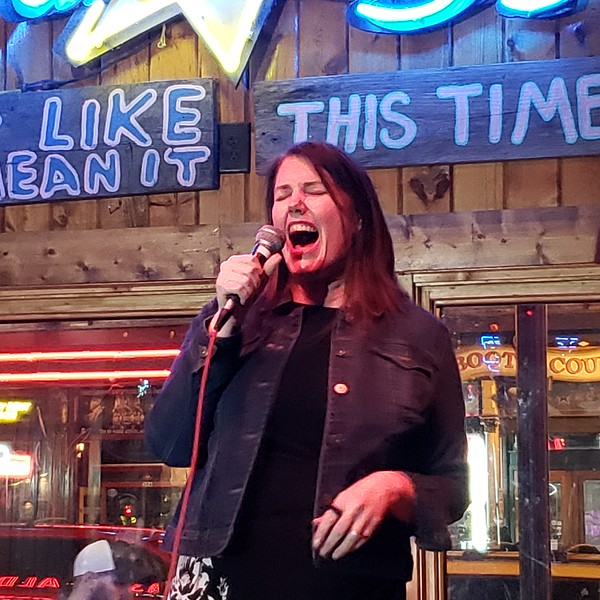 Dawn Burke Singing Karaoke at Wanna B's (03-20-19)