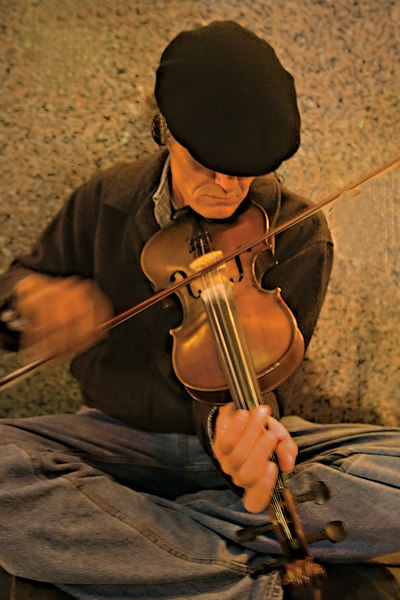 Fiddler Man <br /> this is the photo I want.<br /> g