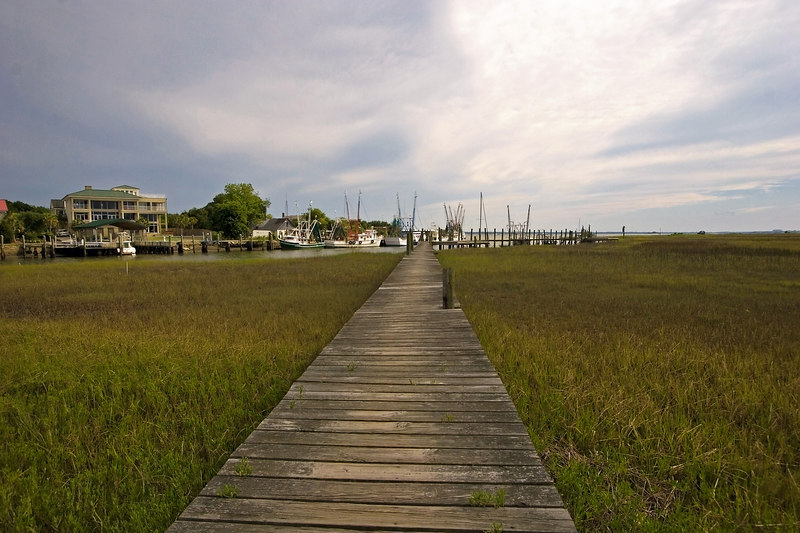 Final walkway to the last shrimp boats before the creek runs into the Charleston Harbor.  Looked like a storm was coming!